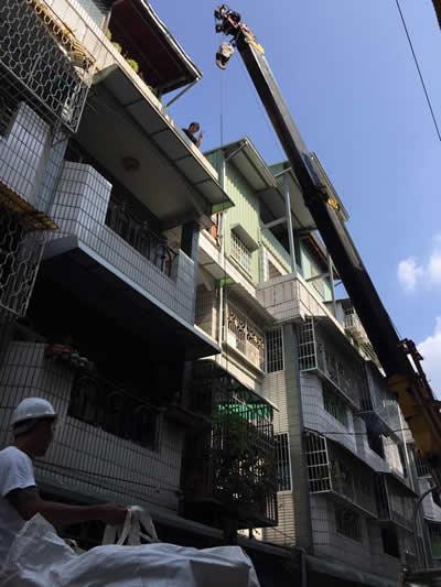 台中紅磚牆泥作-頂樓浴室增建-台中泥作
