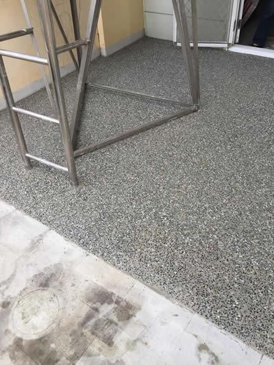 台中陽台抿石子泥作-台中泥作
